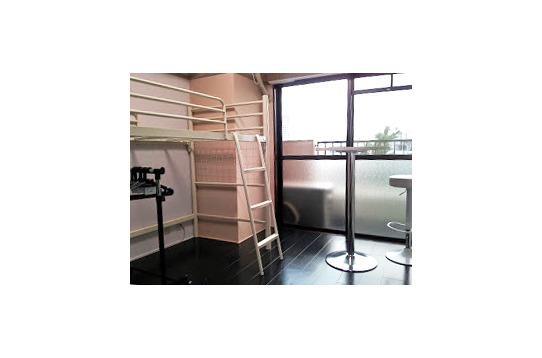 ロフトベッドなのでお部屋を広く使えます。