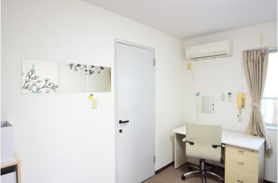 居室202