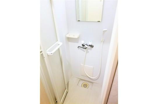 シャワールーム1Fのみ