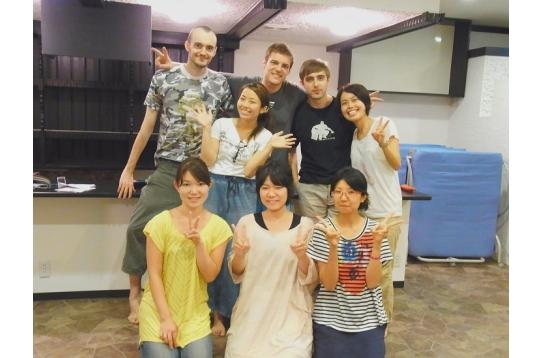 外国人も住んでいるので、英語で話す機会を作れます。