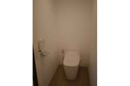 トイレ 1階3、2階2、3階2