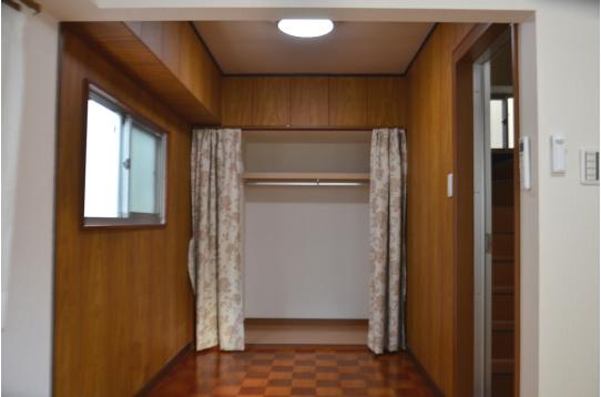 こちらは301号室。