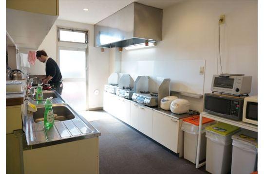 ●入居者が集うキッチン