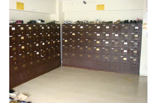 ●玄関靴箱