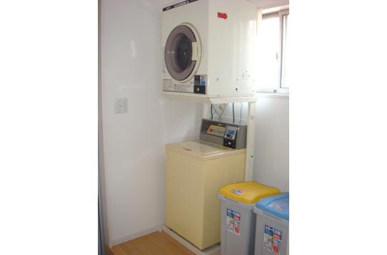 コイン式洗濯機&乾燥機