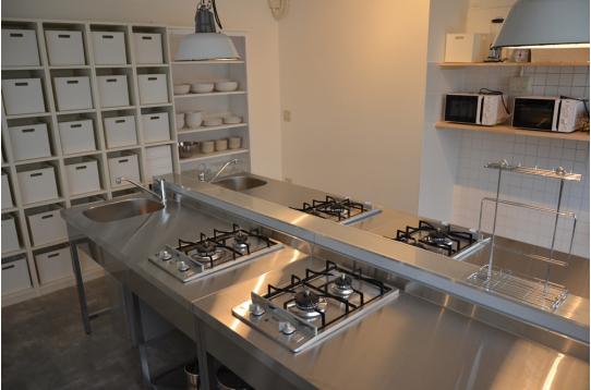 大人数にも対応可能なキッチンスペース
