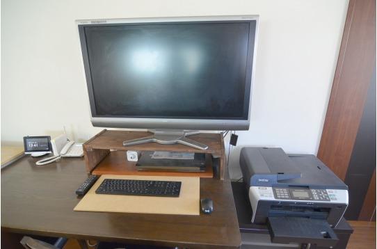 共有PCもあります。プリンター付き!