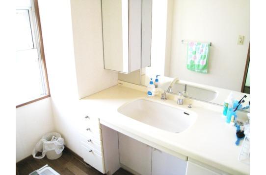 洗面所は2箇所あります