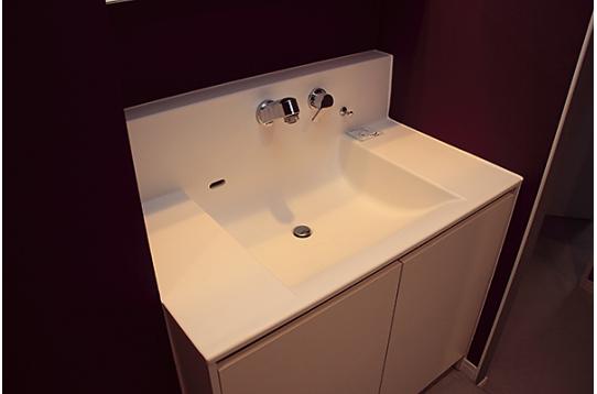 大きくて使いやすい洗面台です