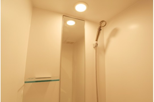1Fのシャワールーム