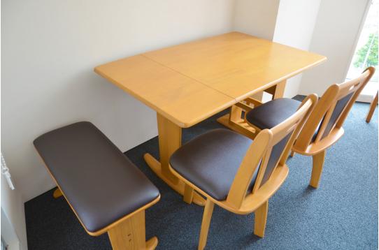 共用部のテーブルセット