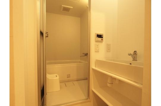 浴槽付きバスルーム