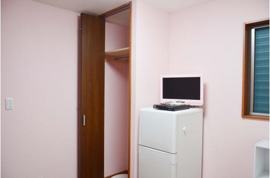 各部屋テレビ、冷蔵庫つき