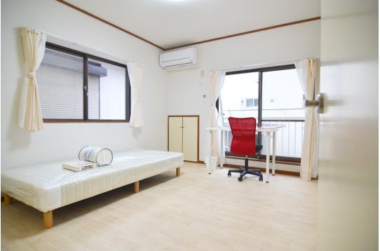 広々と使える個室(202号室)