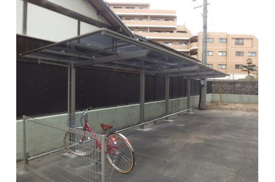 うれしい屋根付き駐輪場
