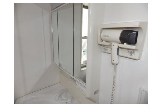 リビングに設置している洗面台