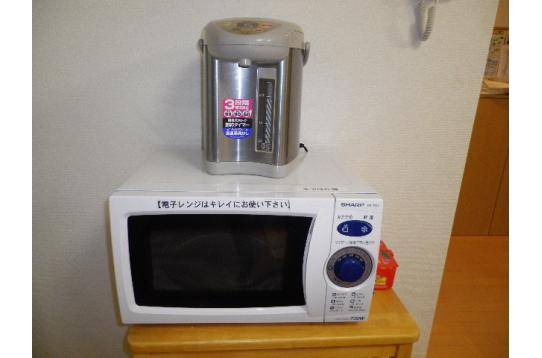 電子レンジや湯沸かしポットもご自由にお使い下さい。