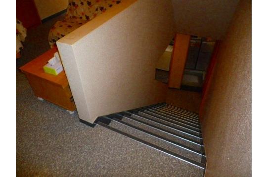 ☆地下への内階段☆