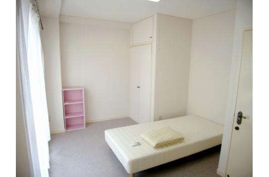 家具・家電設置。かばん一つで入居も可。
