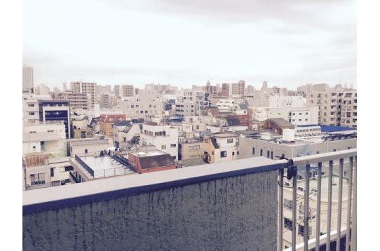 8階建てマンションの最上階、リビングからの景色