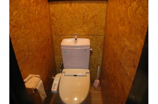 ウォシュレット付トイレ 2つ