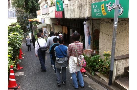 行列のラーメン屋までは徒歩4分!