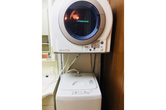 洗濯機2台。乾燥機1台あり♪