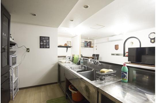 広々キッチンでわいわい料理が出来ます