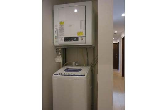 洗濯乾燥機(無料)