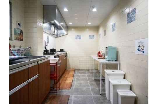 幅のあるキッチンスペース