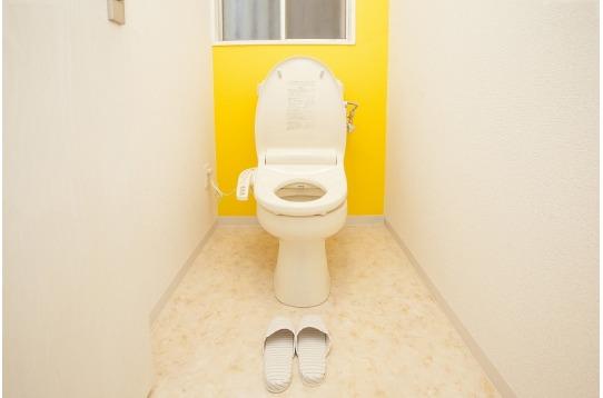 トイレも各階に1つづつ