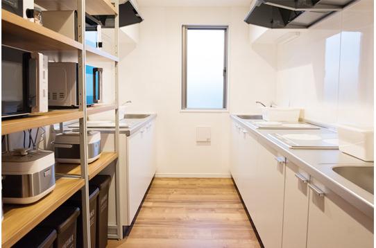 各種調理器具完備のキッチン