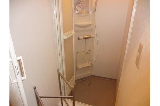 シャワーBOX 3台設置