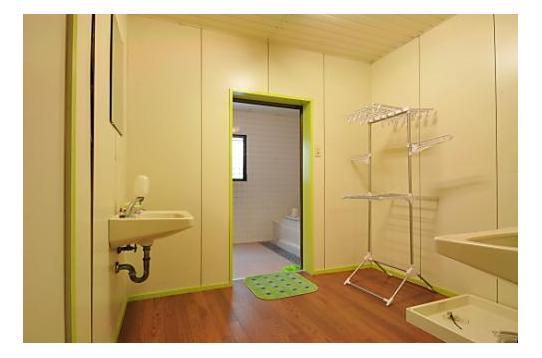 シャワールームは女性専用・男性専用、別々です。
