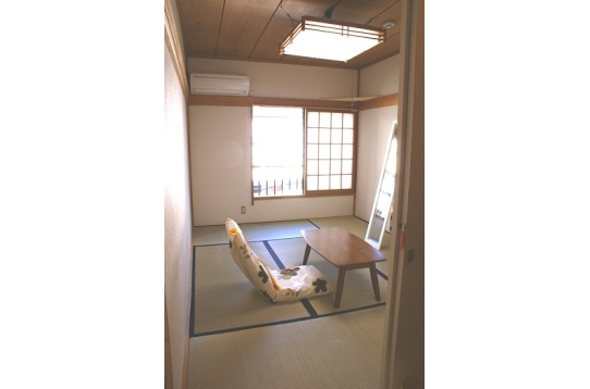 和室の201号室