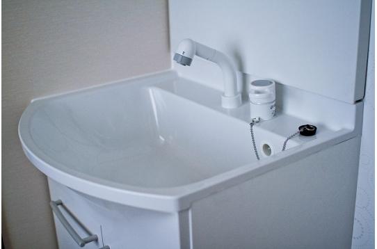 各室に洗面台完備。
