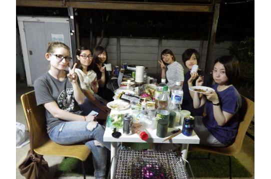 近隣女性ハウス合同のパーティー!