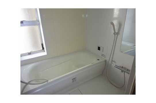 清潔感のあるゆったりとした浴槽!!!