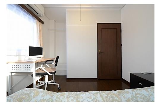 明るい角部屋です。304号室。