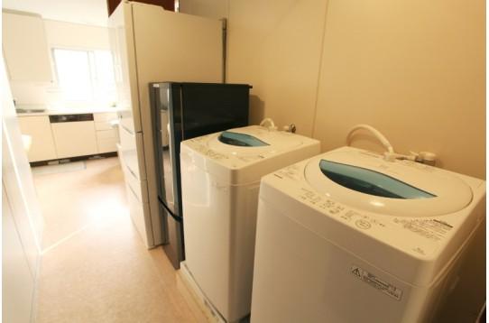 冷蔵庫と洗濯機は2台ずつ
