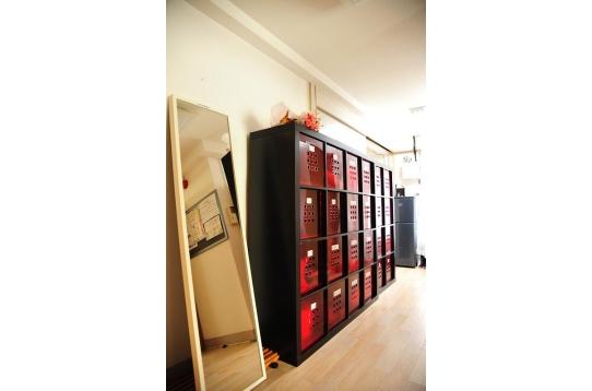 プライベート収納用の棚も用意しています!