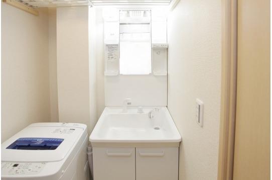 独立洗面台も2つございます