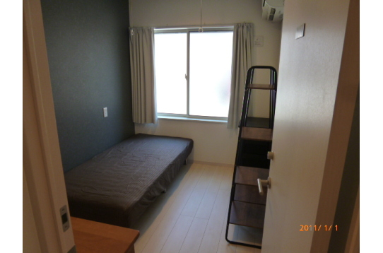 こちらは家具搬入済のお部屋です。