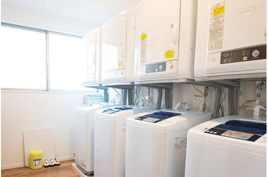 洗濯機、乾燥機も無料でご利用頂けます