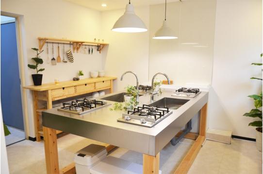 明るくて綺麗なキッチンも素敵ですね。