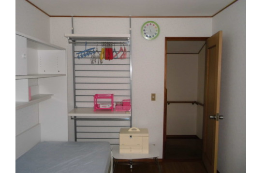 CD個室6帖 AC・照明・タンス・ベット。