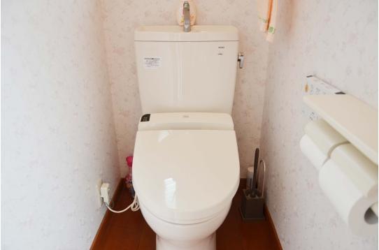 ピカピカのトイレも