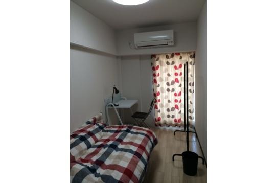 各居室は、家具が備え付けです。