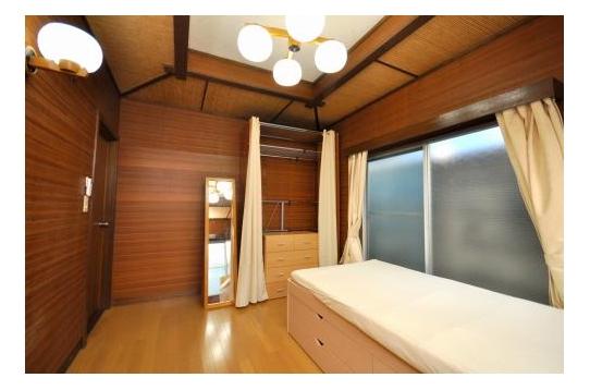 洋室の101号室