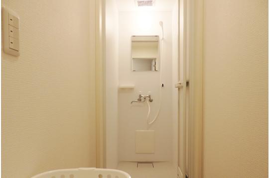 シャワールームもとってもキレイ!